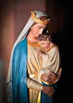 Ogni madre collabora con Dio al miracolo della vita
